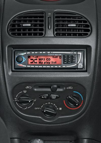 Auto audio inbouwen